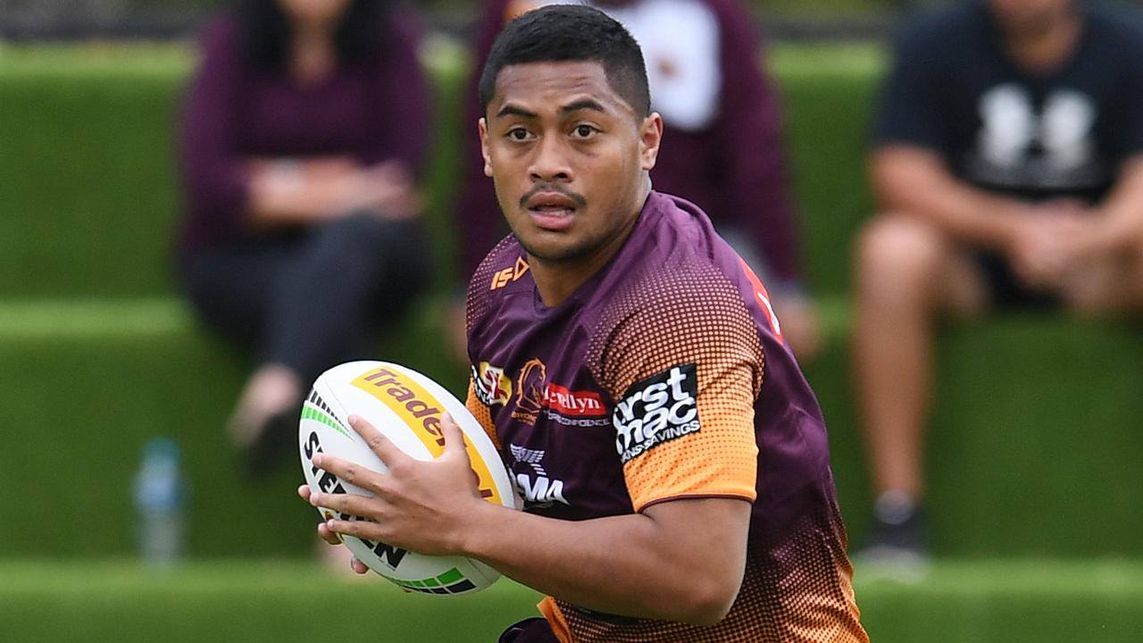 Fullback can be the making of Anthony Milford, according to Billy Slater. Photo: AAP Image/Dan Peled