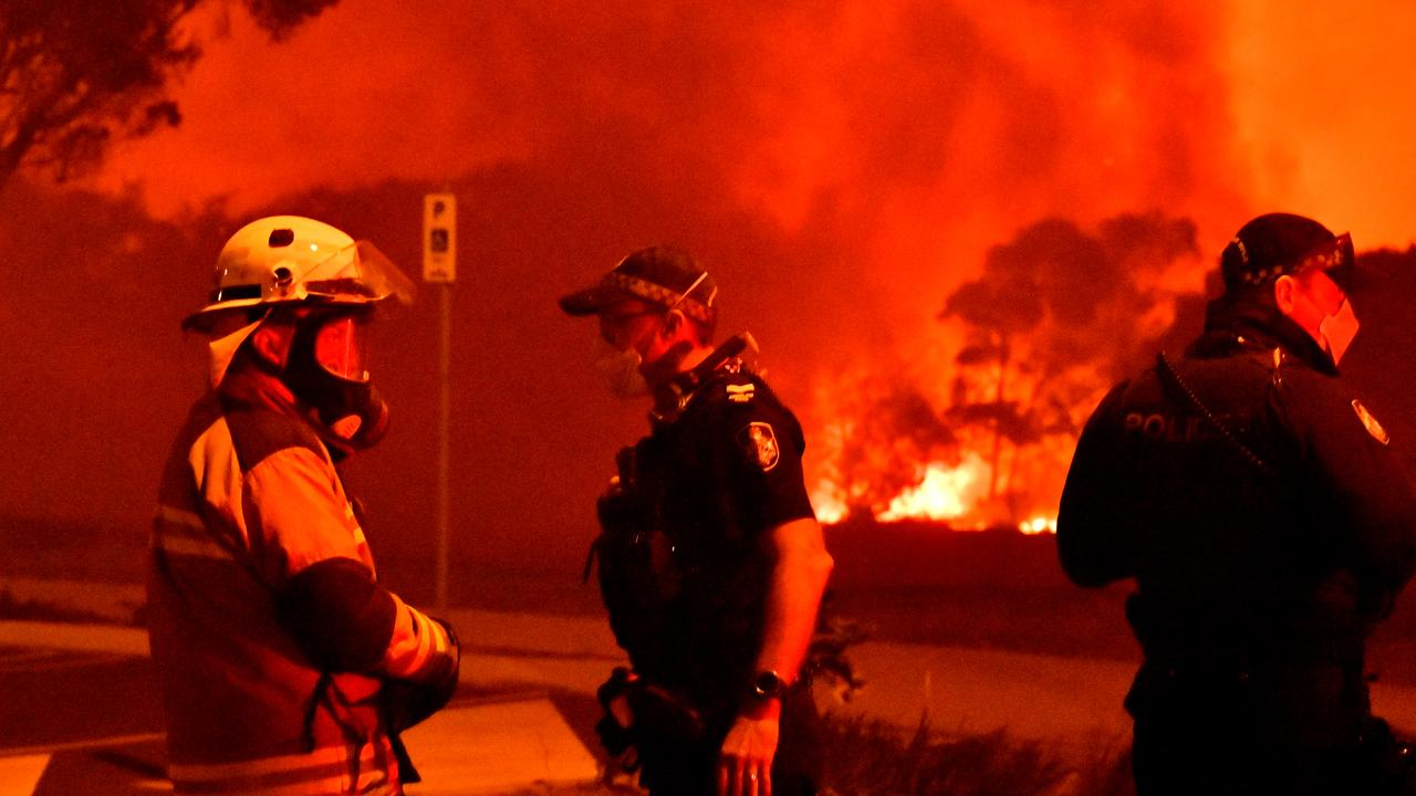The mother of a Sunshine Coast teenager charged with lighting the Peregian bushfire has hit back online. Photo: John McCutcheon