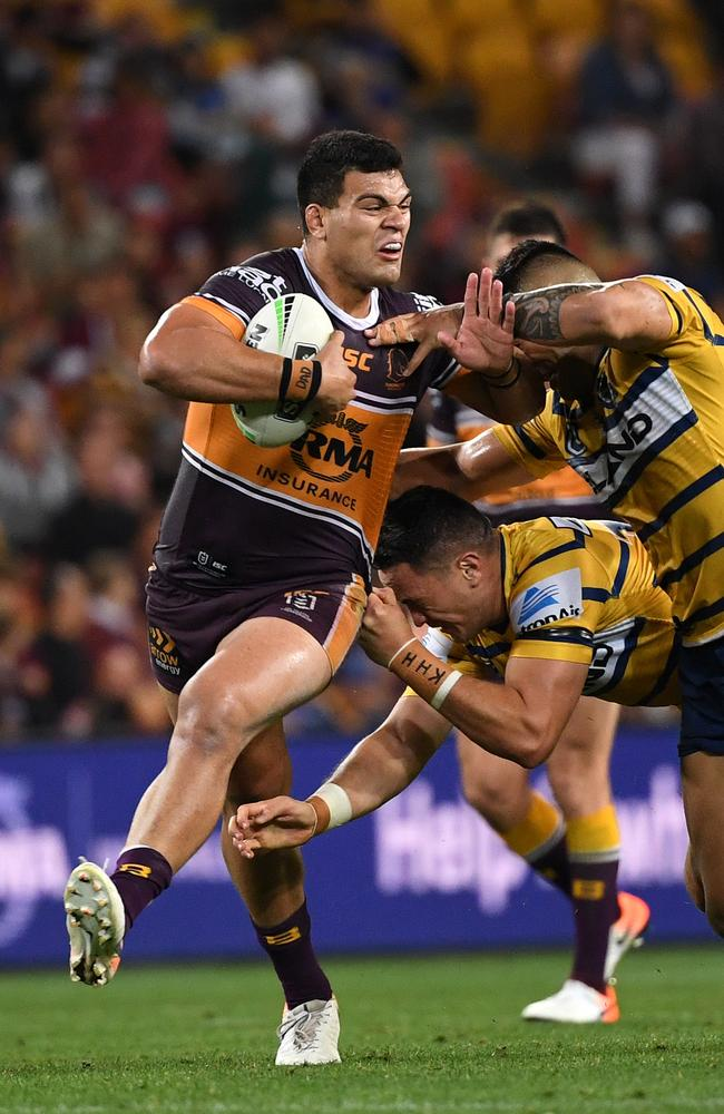 Darren Lockyer says Fifita must target Moses. Picture: Dave Hunt