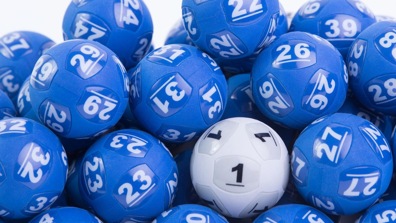 The winning numbers were 27, 28, 10, 20, 11, 30, 31 and Powerball 2.