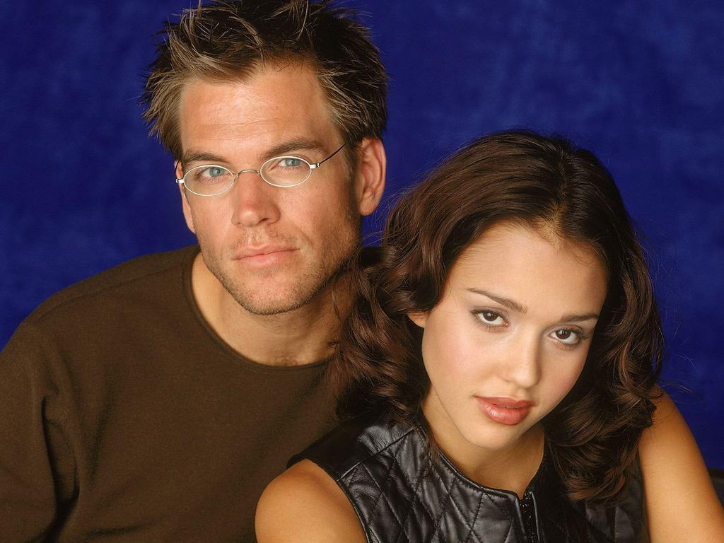 Jessica Alba with then boyfriend Michael Weatherly in 2001.