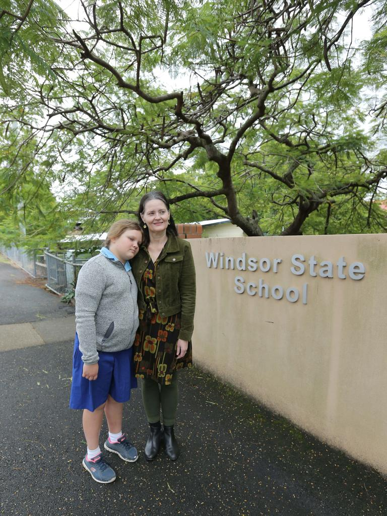 Alison Courtice and her daughter, Lauren, at Windsor State School.