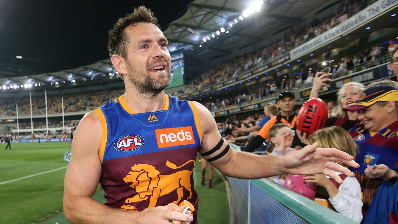 Luke Hodge of the Lions thanks fans after the semi-final against GWS Giants.