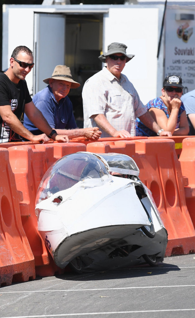 2019 Fraser Coast Technology Challenge - St. James team Jets rides the bend at the hairpin but remains upright.