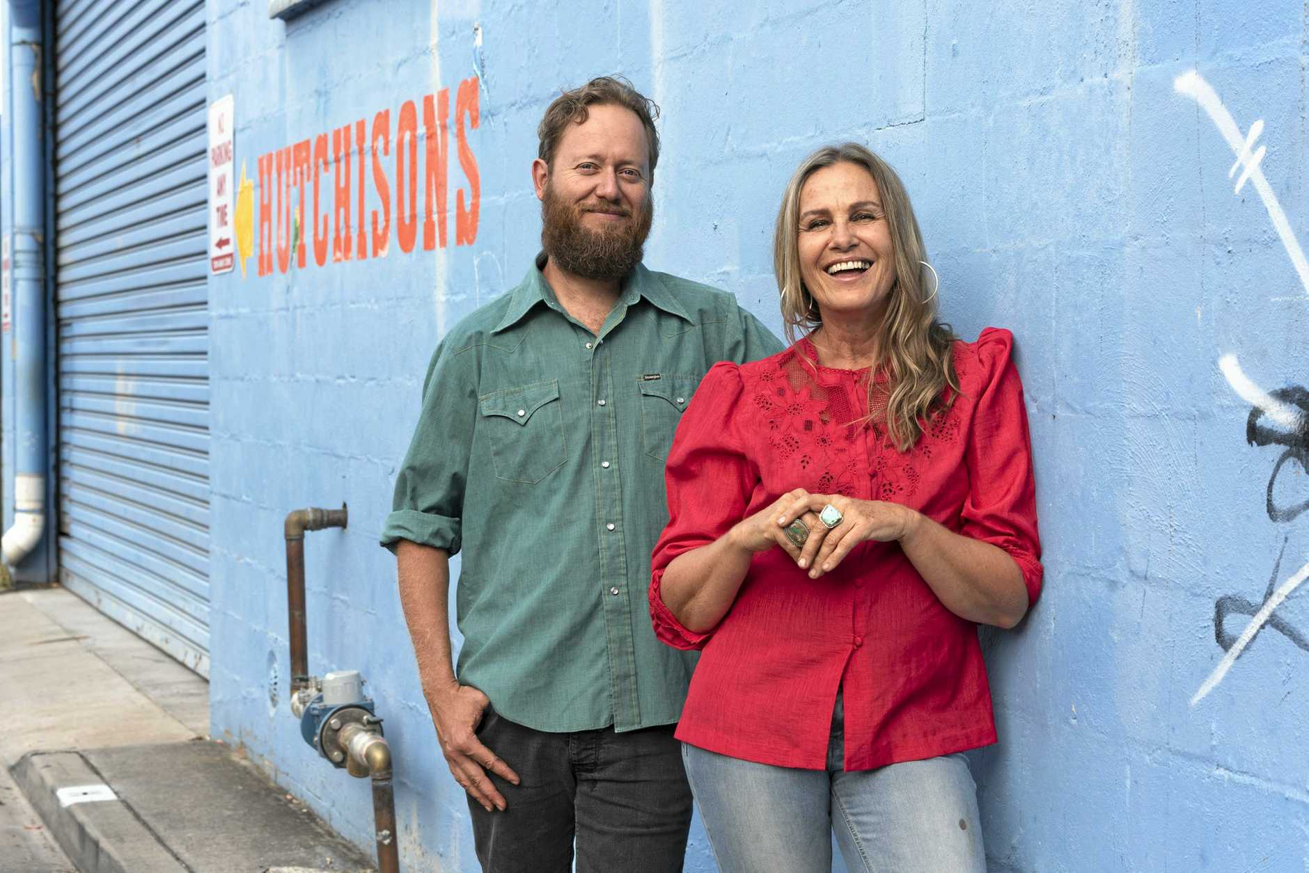 Ash Bell and Sara Tindley will perform alongside The Jellyman's Daughter at the Pampas Memorial Hall, October 31.