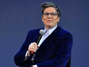 Hannah Gadsby wins Emmy for Nanette