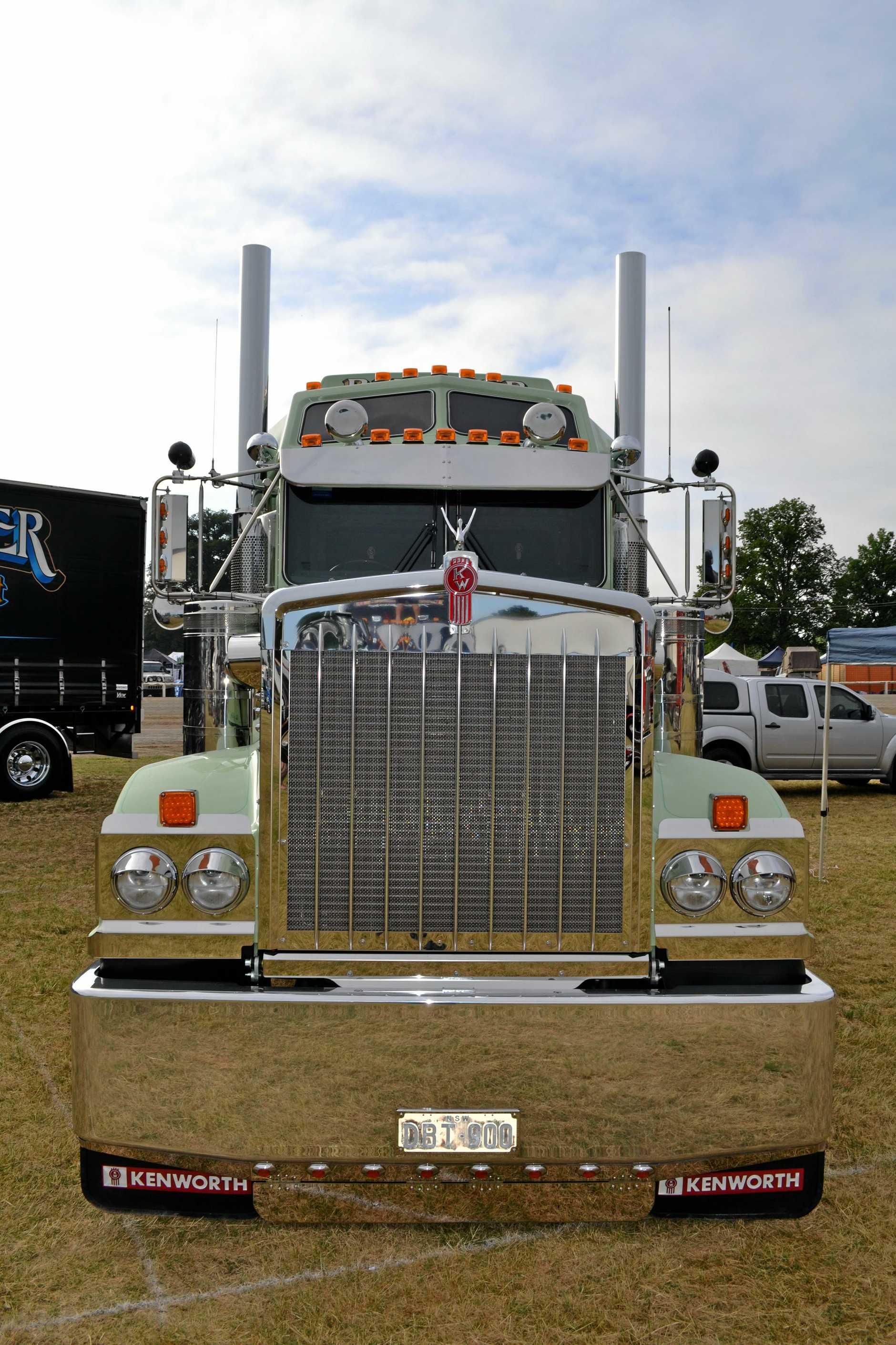 Dane Ballinger's T900 Legend