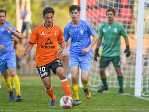 Legends take on locals in roar-some Bay match