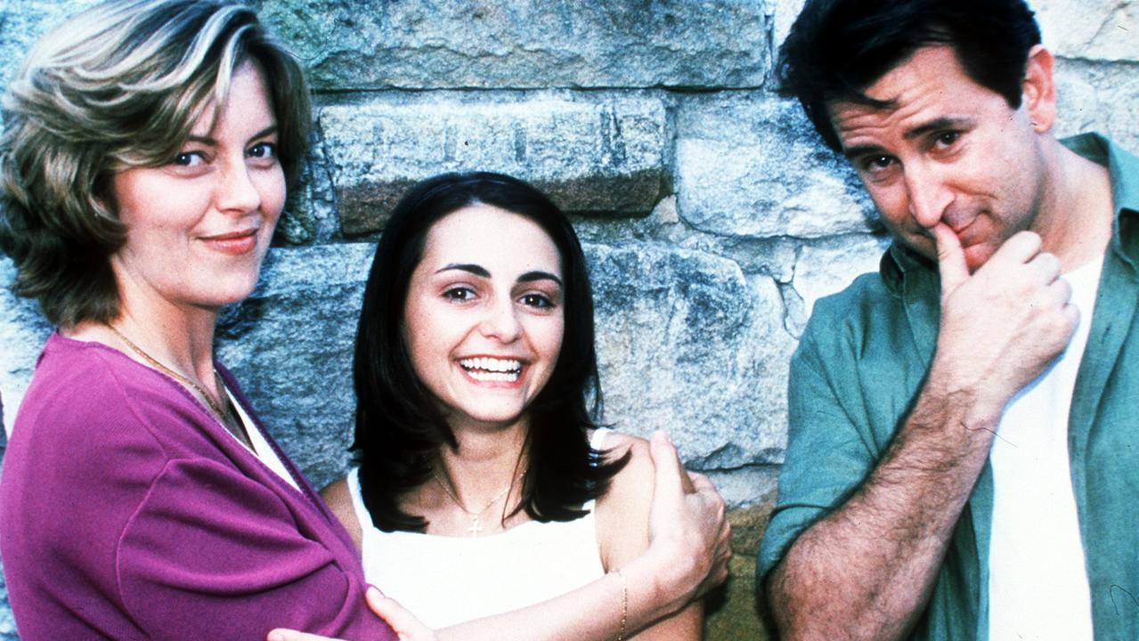 Miranda with Greta Scacchi (left) and Anthony LaPaglia (right) in Looking for Alibrandi.