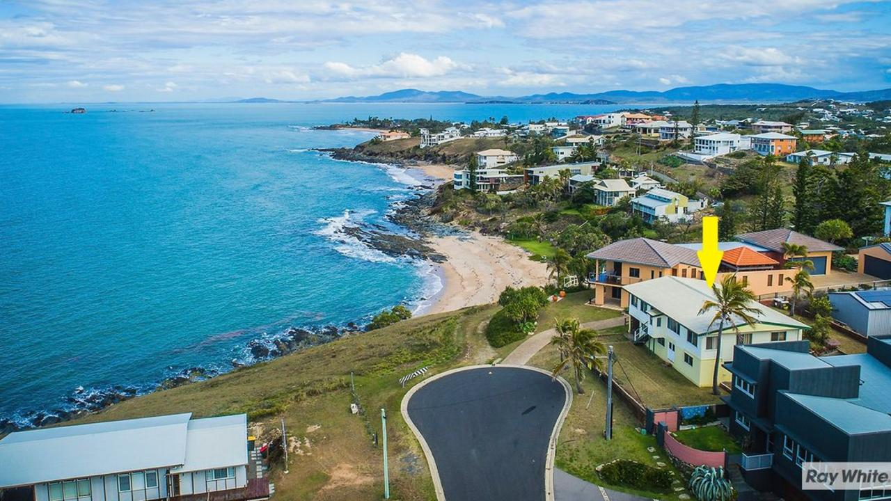 The house at 4 Ocean St in Zilzie has a spectacular location and was sold at auction after 5 weeks on the market.