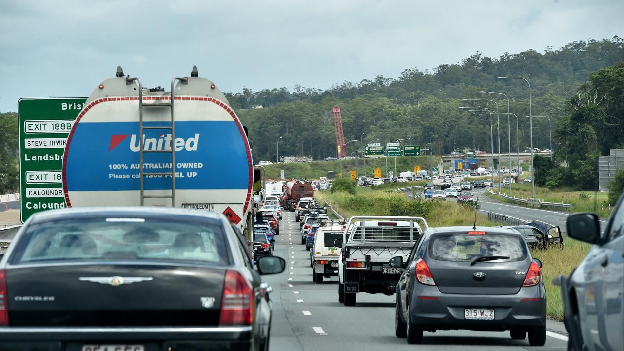Traffic on the Sunshine Motorway merging onto the Bruce Highway.
