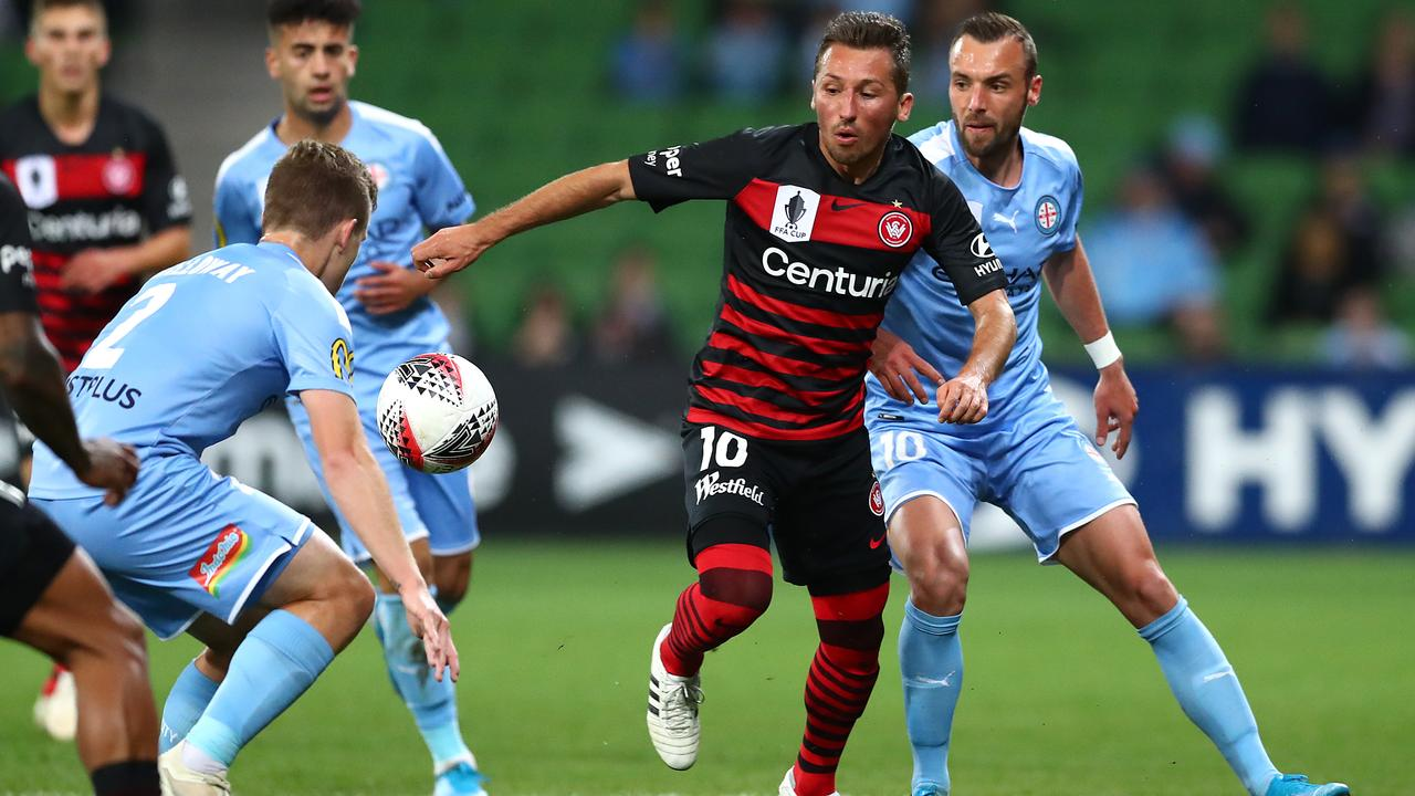 Wanderers' Radoslaw Majewski battles for space. Photo: Kelly Defina/Getty Images