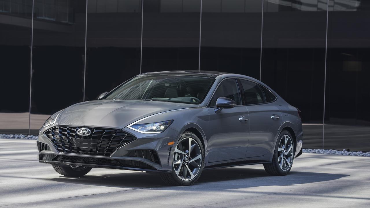 Hyundai's next-gen Sonata features keyless technology.