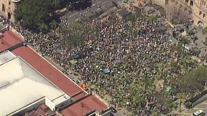 Climate protest: 30,000 flood Brisbane streets
