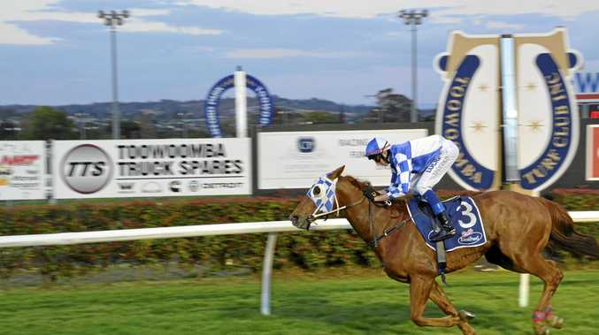 Cliveden arrives for timely Sexton stable win