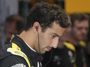 F1 stewards disqualify Daniel Ricciardo
