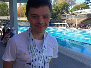 Gatton's world record-breaking teen to swim for Australia