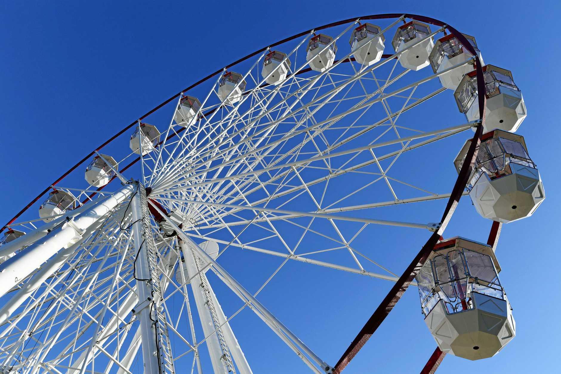 Skyline Attractions 35m ferris wheel set up on the Esplanade at Pialba.