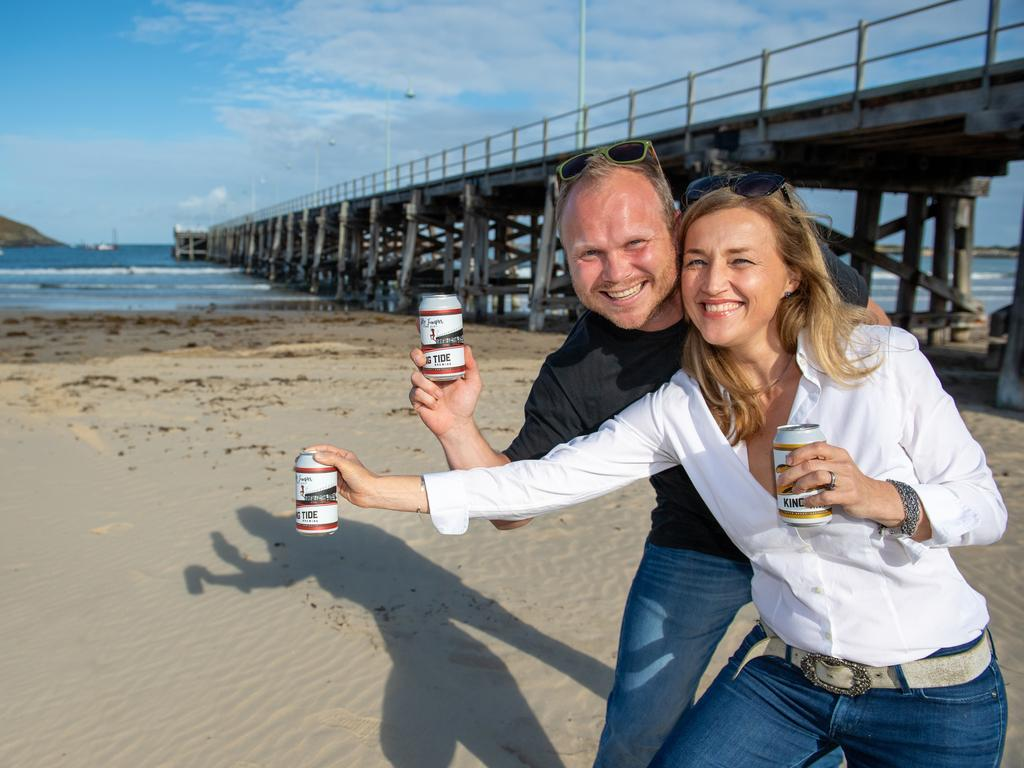 Josh and Lucy King brewing new beer in Coffs. KING TIDE. 20 SEPT 2019