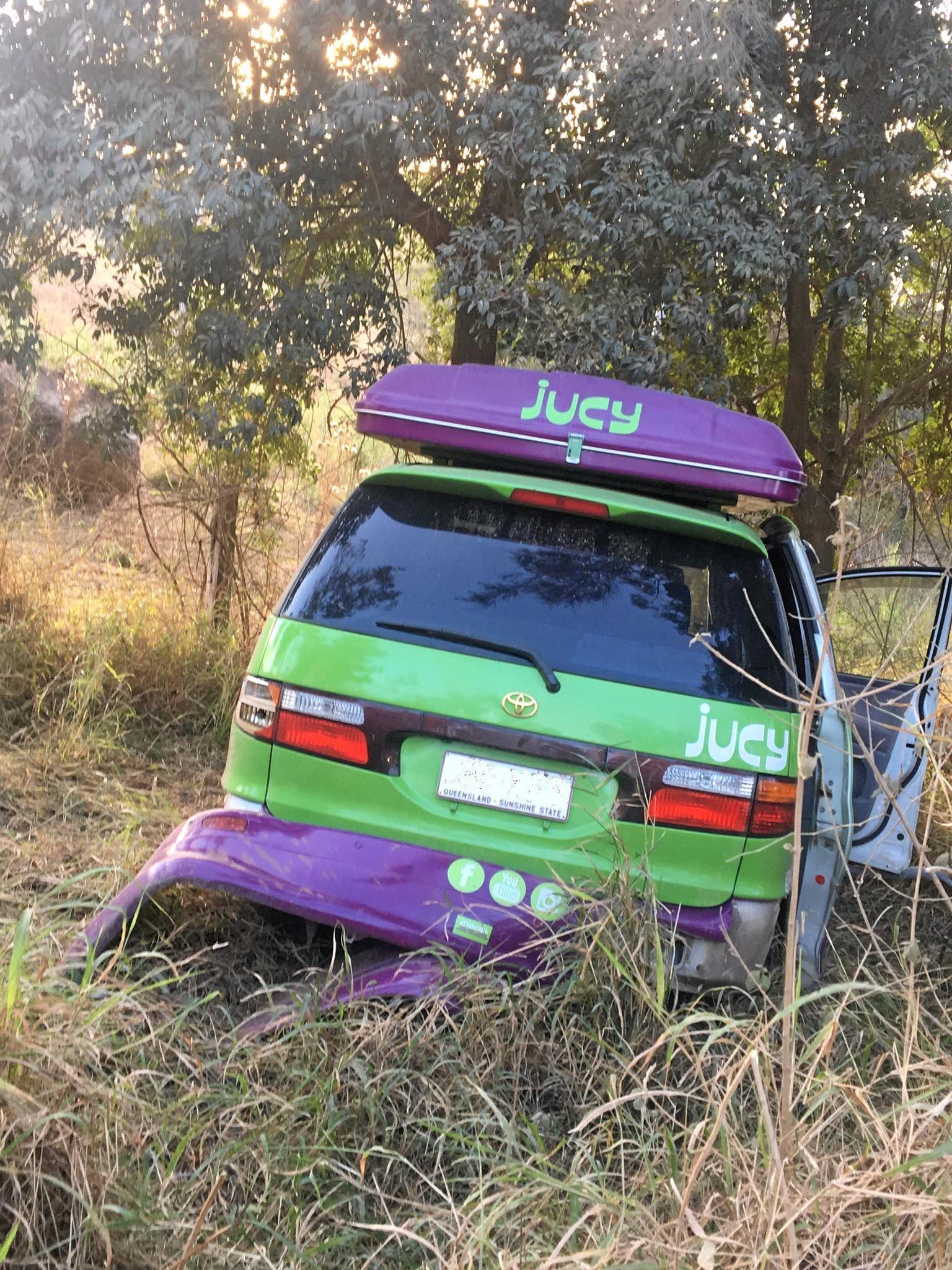 Jucy van crash north of Woolooga.