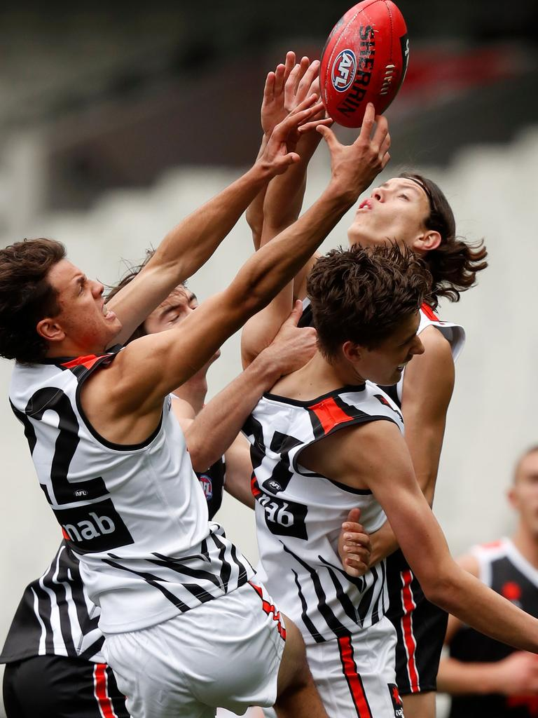 Team Dal Santo and Team Brown clash at the NAB League 2019 All Stars match, played on the MCG. Picture: Darrian Traynor, AFL Photos via Getty Images.