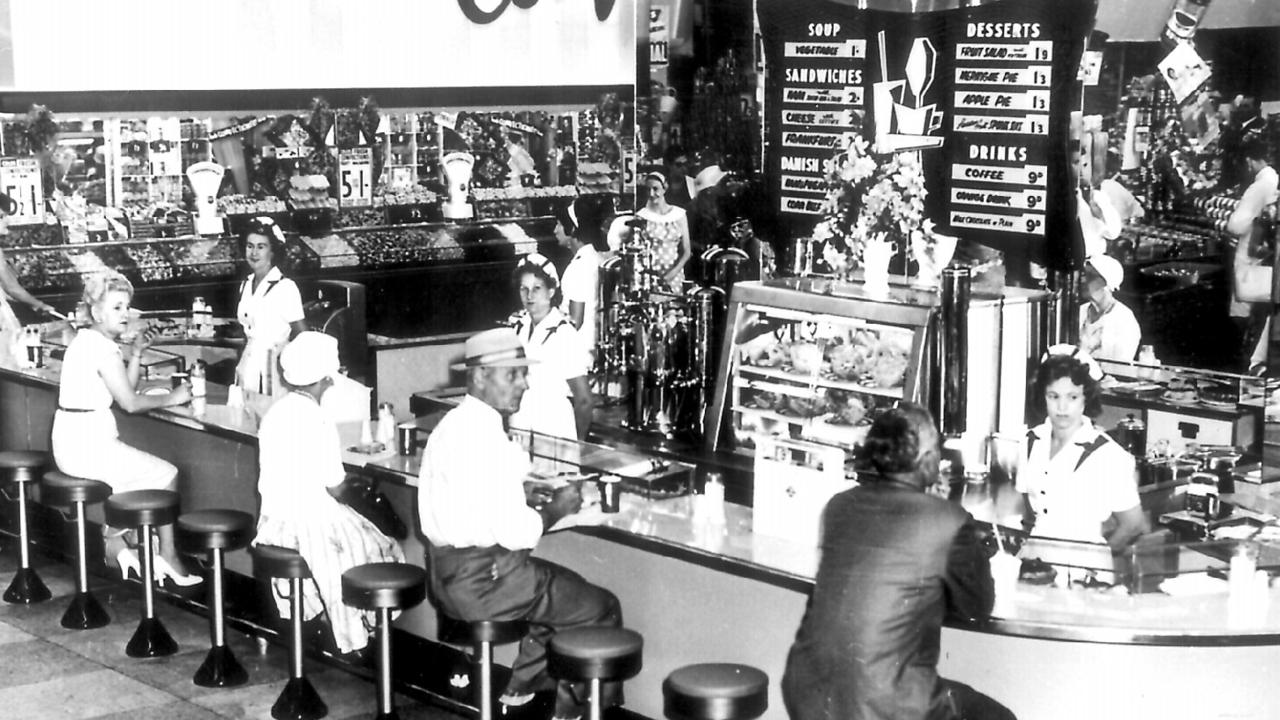 A Coles cafeteria in 1951.