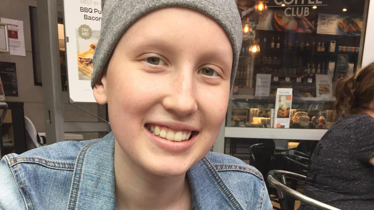 Lindsay Smith, 15, has been in Brisbane since November last year battling an aggressive form of Ewing's sarcoma. She is now cancer free and heading home.