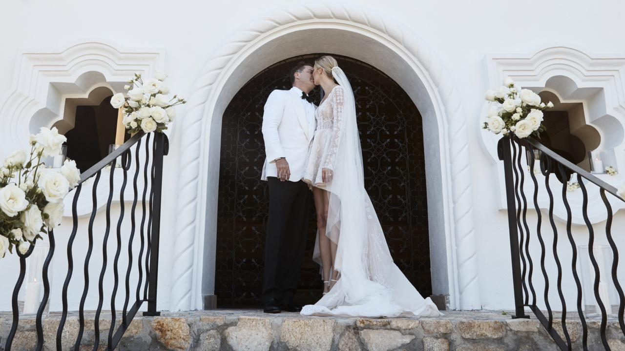 Stefanovic and Yarbrough's wedding in Cabo.