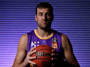 'I lose my vision': Bogut's secret life-long battle