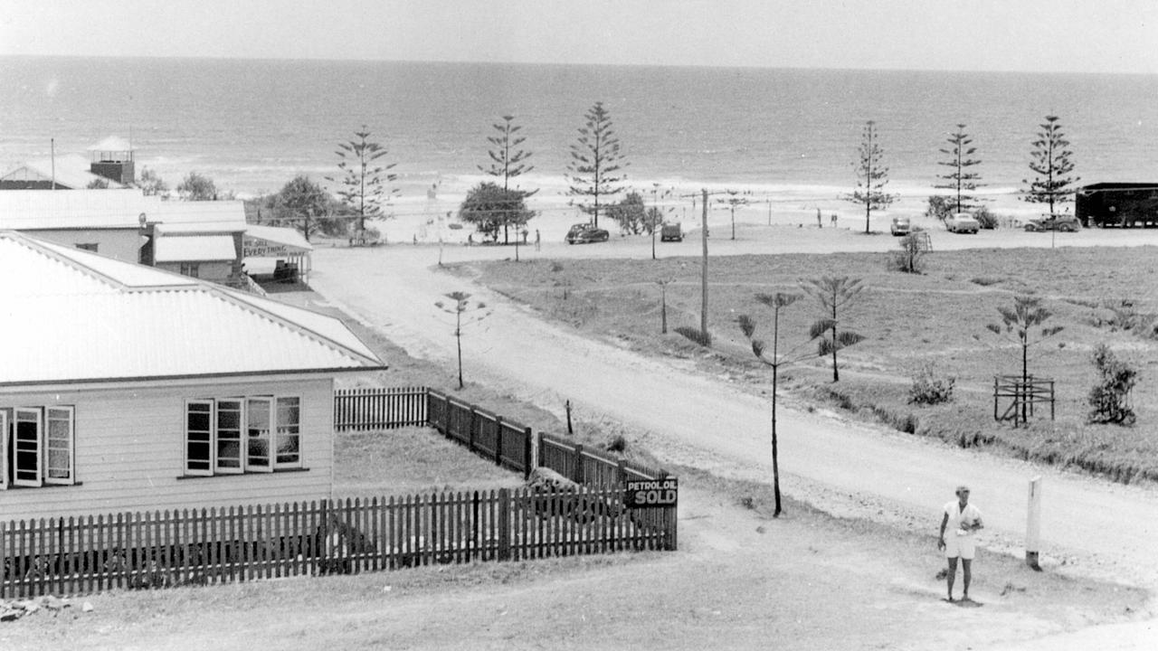 Coolum Esplanade and Beach Road intersection, Coolum Beach, 1956