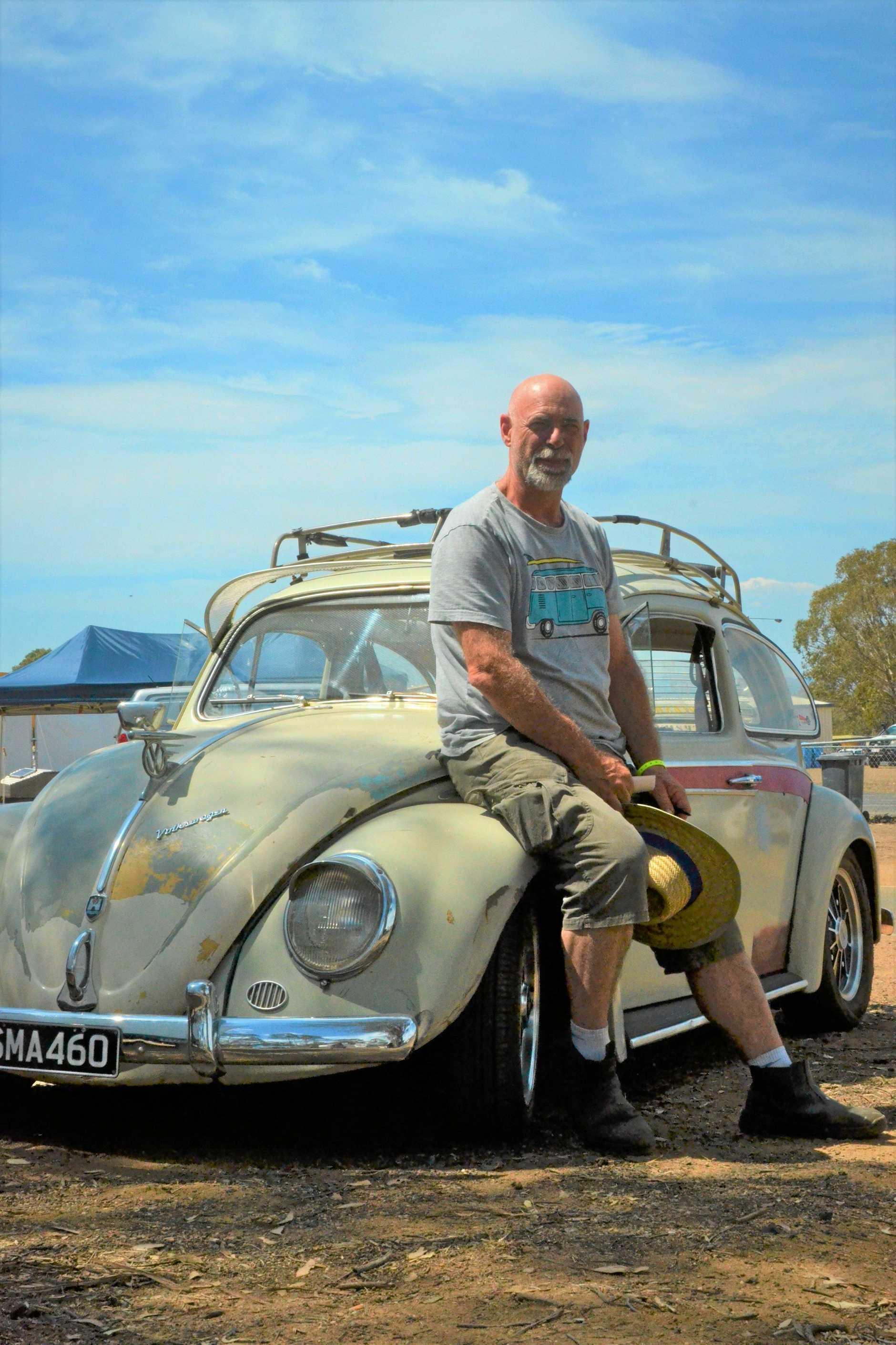 Lou Guebara with his VW Beetle at Morgan Park Dragway 2019