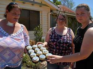 Free cupcakes to spark conversation