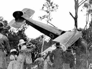 The historic Gympie plane landing that went wrong