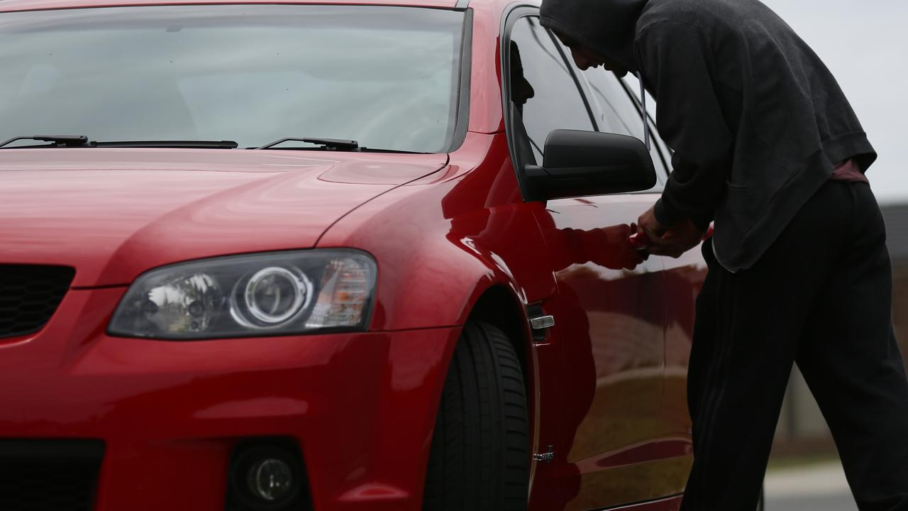 Out of all the states Queensland and Victoria have the highest rates of car theft.
