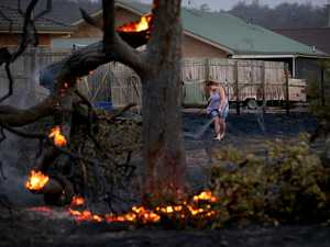 House lost, 60 homes evacuated in ferocious fire