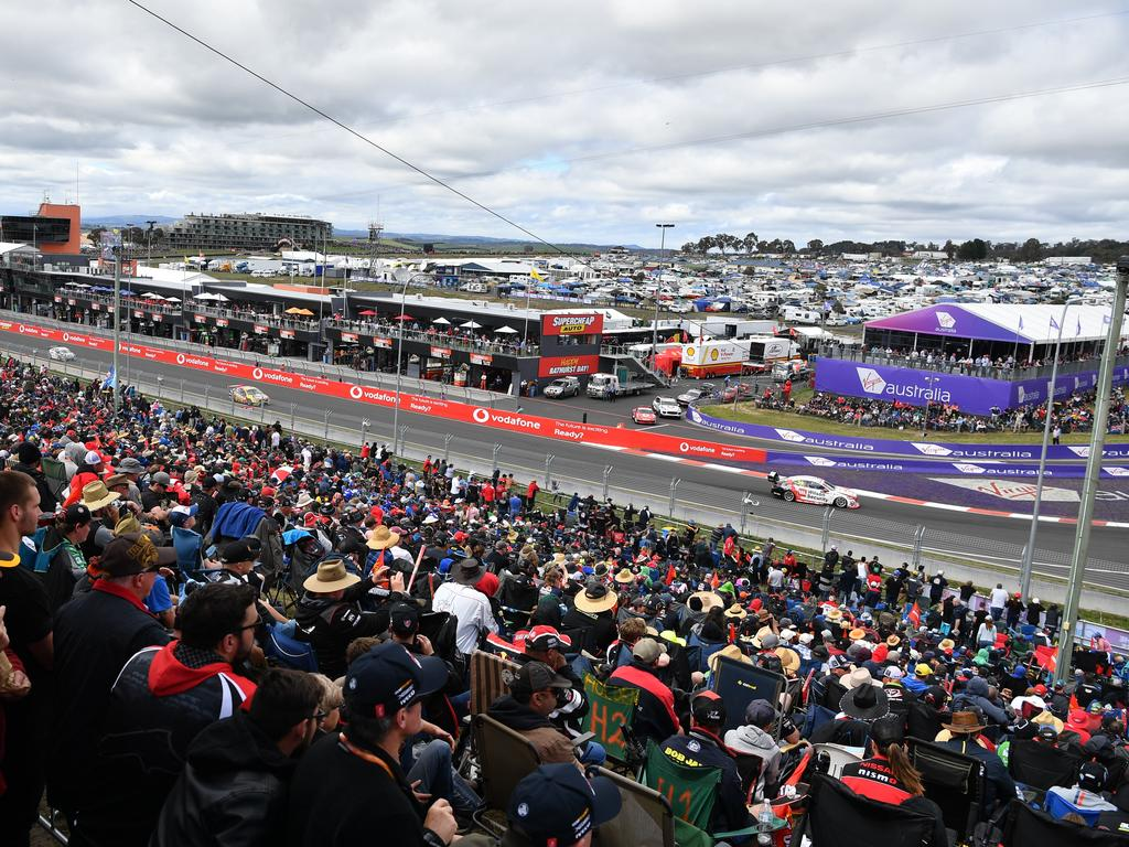 Motor racing fans are descending on the town in thousands for the Bathurst 1000 V8 Super Cars Championship at Mount Panorama. Picture: AAP/Brendan Esposito