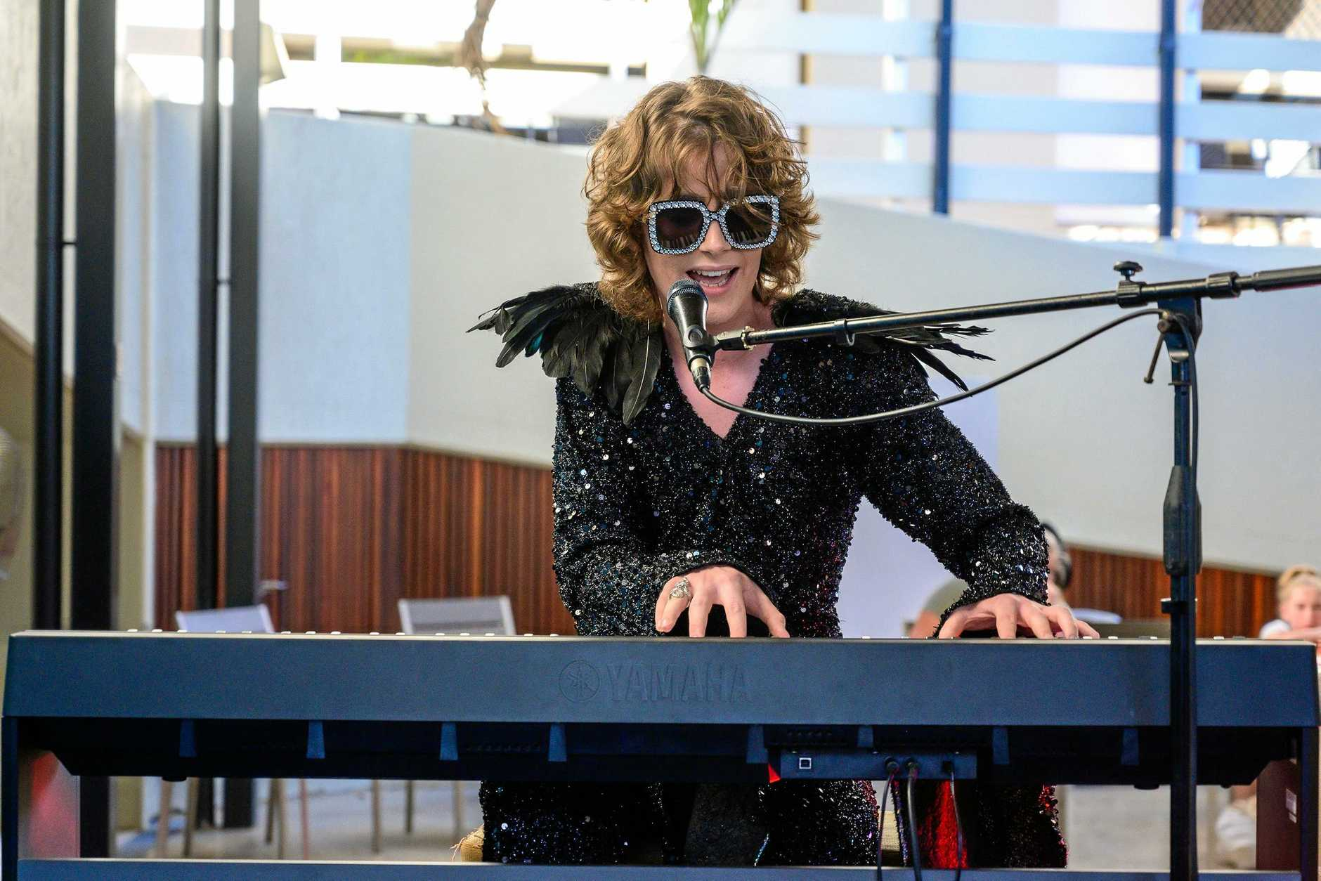 William Kelly performed his heart out on the piano during the grand final.