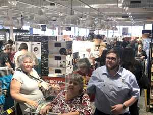 Enthusiasm continues for new Aldi store