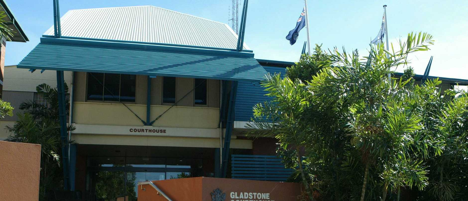 26 May 2005: Gladstone Courthouse. picVanessa/Hunter buildings qld exterior Court House law