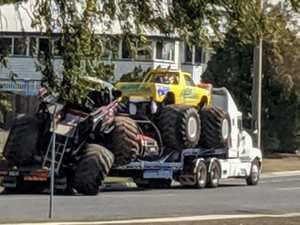 Monster crash takes down traffic lights