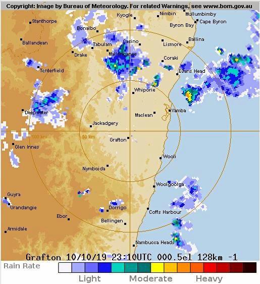 RADAR: There is rain heading towards Lismore.