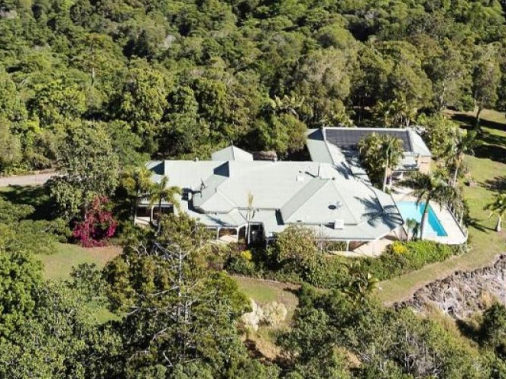 A multi-million-dollar hinterland retreat, containing four separate homes across 38ha is on the market with buyers told to