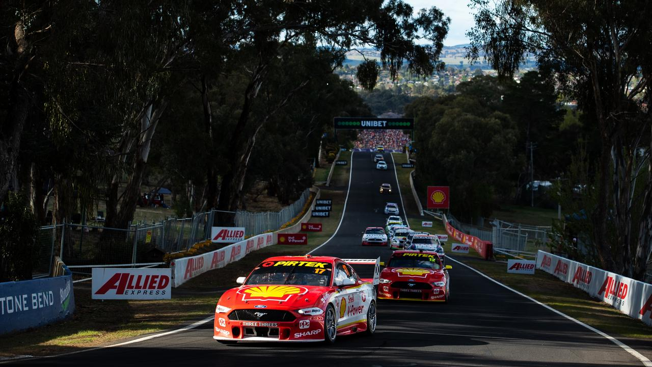 Scott McLaughlin leads the Bathurst 1000 field around Mount Panorama. Picture: Getty