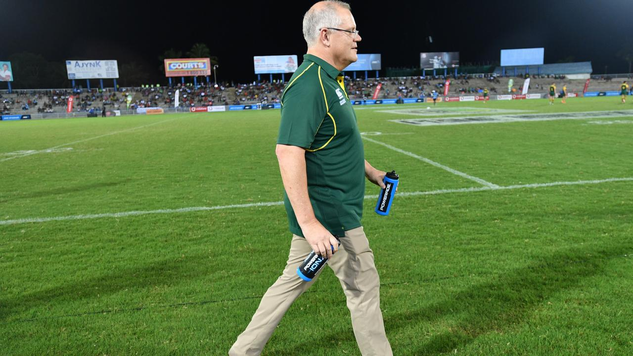 Prime Minister Scott Morrison, water boy. Picture: David Mariuz/AAP