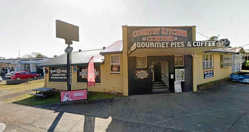 A former pie shop on Wyrallah Rd, East Lismore, has closed and now the building is up for lease.