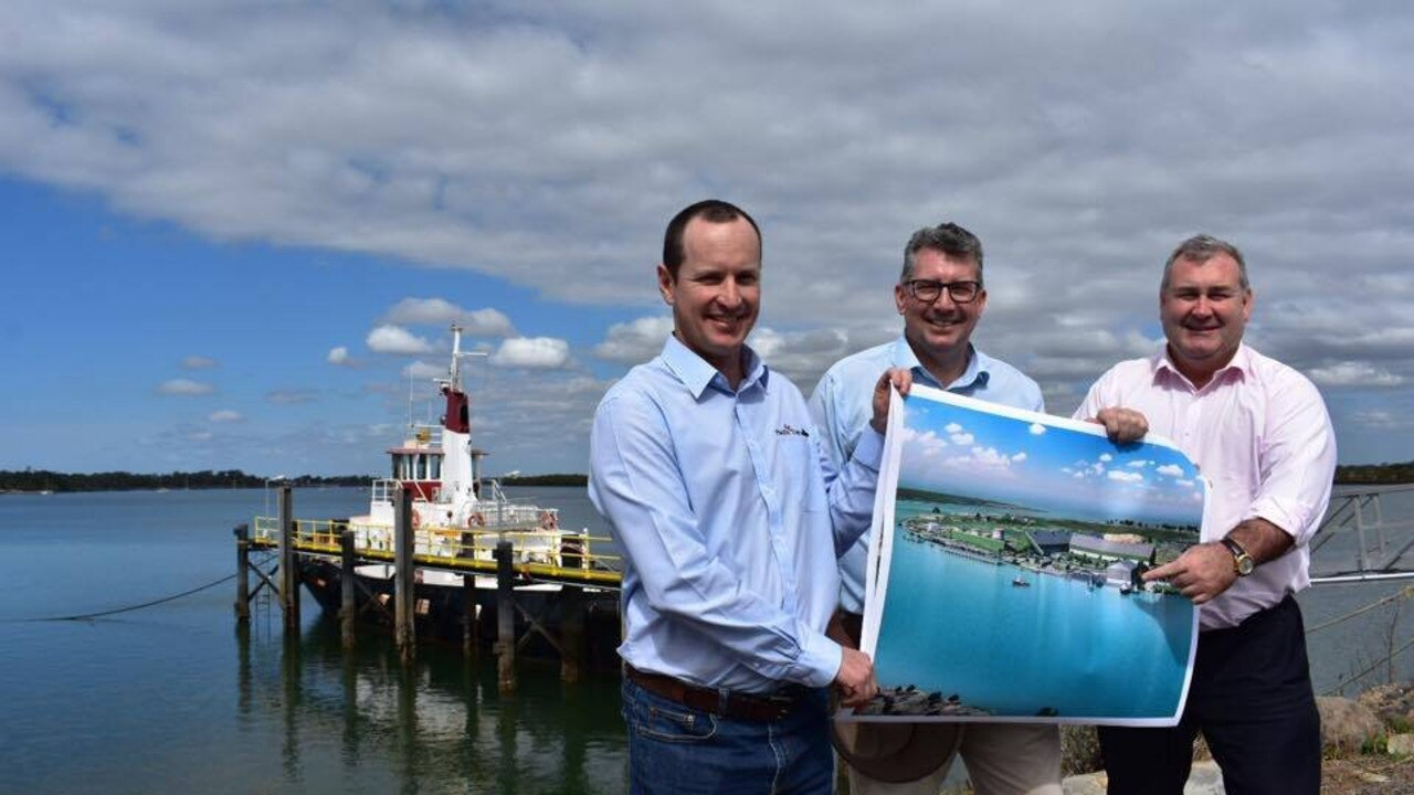 Pacific Tug commercial manager Darryl Savage with MP Keith Pitt and Mayor Jack Dempsey in 2017. Picture: Jim Alouat