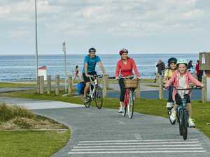 Beach ride attracts hundreds for family-friendly event