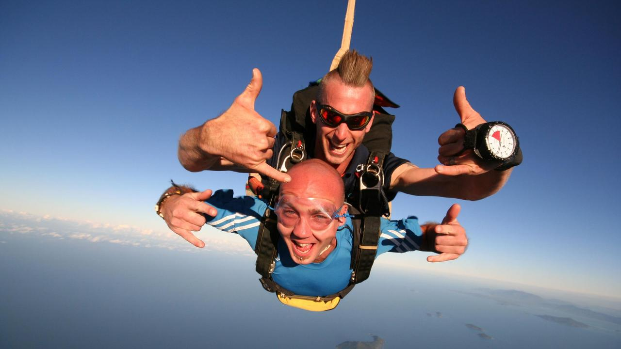 Tandem Skydiving at Cairns (Skydive Cairns) or Mission Beach (Jump the Beach), is an exhilarating, adrenaline pumping, unforgettable adventure that leaves you feeling high.