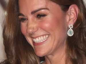 Kate makes stunning arrival in Pakistan