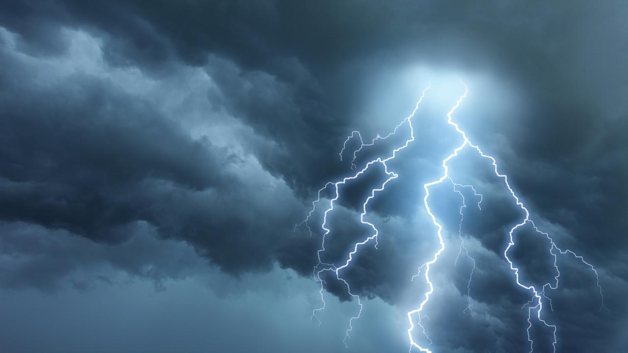 Severe thunderstorm warning issued.